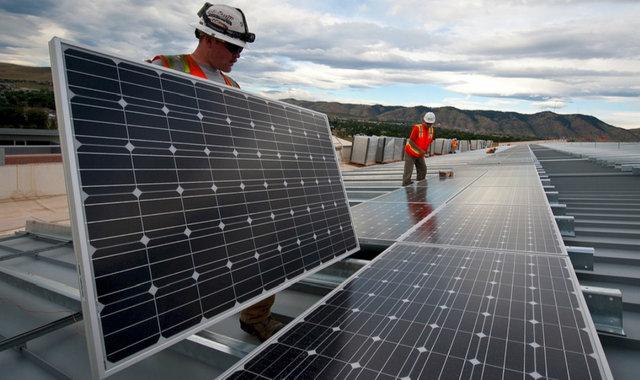 特斯拉太阳能屋顶开卖了,还做了一个成本计算器【好奇心日报】